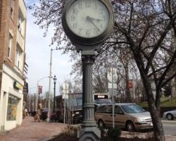 street_clock_west_orange_before_restoration